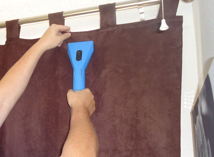 Curtain Cleaning Holder